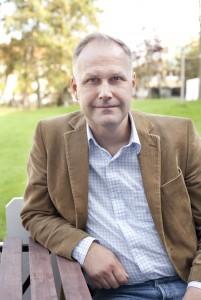 Jonas Sjöstedt, partiordförande för Vänsterpartiet, författare